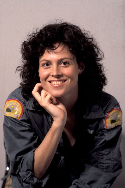 1979 Alien Sigourney Weaver | alien (1979) sigourney weaver photo 3 | Celebrity and Movie Pictures ...