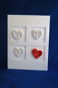 Tutorial on making a quilled hearts card. {From CraftTestDummies.com}