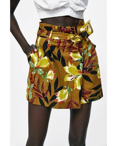 Zdjecie 4 Bermudy Z Nadrukiem W Kwiaty Z Zara Moda Roupas Looks
