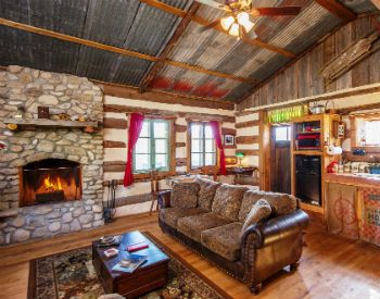 Hill Country Log Cabins In Fredericksburg Texas Fredericksburg