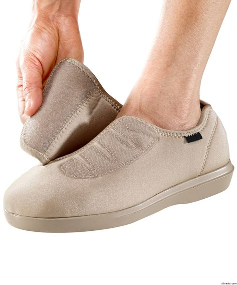95071a7695d Womens Adjustable Shoe   Slipper - Diabetic Shoes   Edema Shoes With  Adjustable Closures