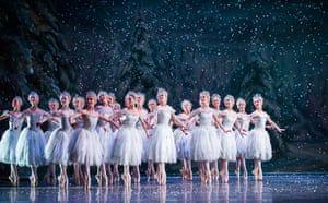 The Nutcracker Review In Every Sense A Delight Royal Ballet Ballet Performances Dance Pictures