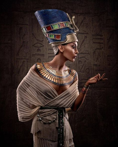 Pin by Kátia Morais on Tigres | Egyptian fashion, Egyptian costume, Egyptian makeup #egyptianmakeup Pin by Kátia Morais on Tigres | Egyptian fashion, Egyptian costume, Egyptian makeup