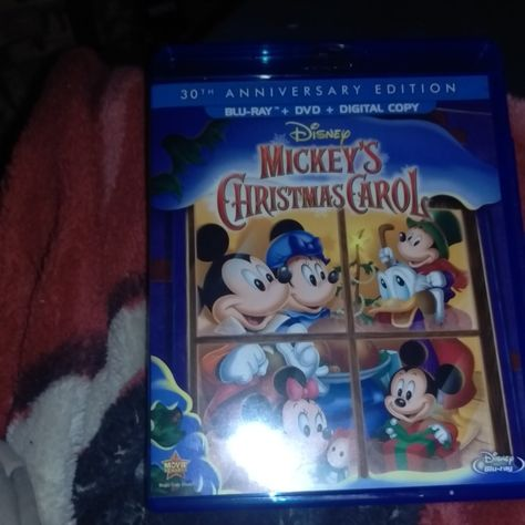 Mickeys Christmas Carol Dvd.Mickey S Christmas Carol On Blu Ray And Dvd Disney Movies