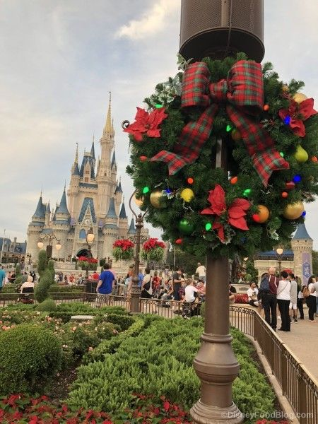 Review All The Treats At Mickey S Very Merry Christmas Party Plus Exclusive Merchandise The Disney Food Blog Mickey S Very Merry Christmas Very Merry Christmas Party Disney World Christmas