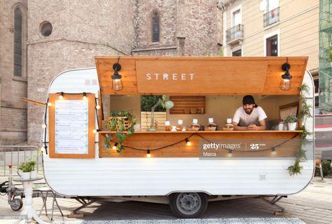Café Mobile, Mobile Cafe, Food Cart Design, Food Truck Design, Foodtrucks Ideas, Coffee Food Truck, Mobile Coffee Shop, Coffee Trailer, Cafe Shop Design