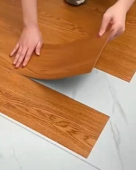 Diy flooring parquet Home Room Design, Home Interior Design, Interior Decorating, House Design, Rental Decorating, Diy Home Crafts, Diy Home Decor, Diy Flooring, Vinyl Flooring Bathroom