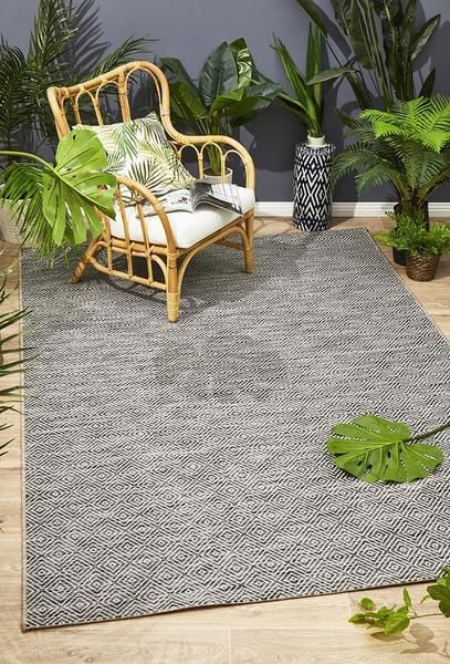 Courtyard Deck Grey Rug Indoor