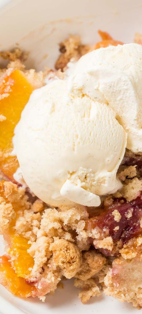 A quick and simple dessert recipe made with fresh peaches. This easy peach cobbler recipe is made with fresh peaches and a crispy cake-like crumble. #valentinascorner #peach #cobbler #dessert #peachcobblerrecipe #cobblerrecipe #dessertrecipe