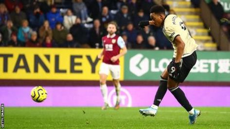 Anthony Martial has scored three goals in his last two Premier League appearances after netting only twice in his previous 10 gamesAnthony Martial and Marcus Rashford were on target as Manchester United defeated Burnley at Turf Moor to move within a point of the Premier League's top four.After his brace against Newcastle on Boxing Day,…