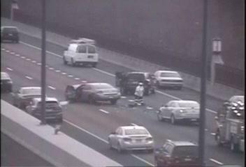 Lanes reopen on Route 15 after 3-vehicle crash | Connecticut Car