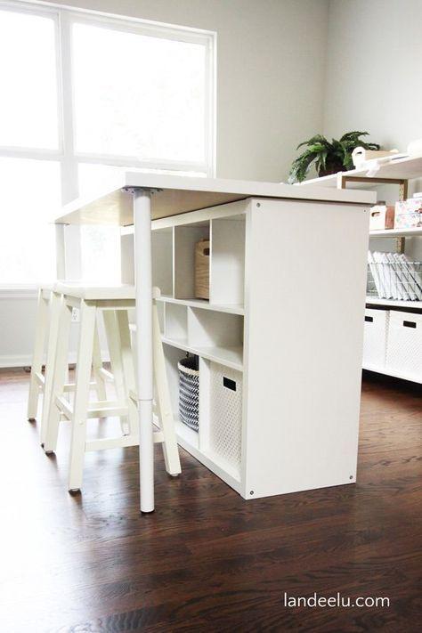 Une Table De Travail Ikea Etagere Ikea Et Meuble Kallax