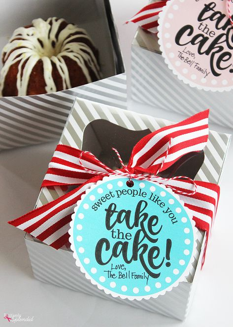 Show your appreciation for a special teacher! This miniature Bundt cake teacher appreciation gift idea is a snap to put together with these free printable tags. Great for teachers, coaches, principals, and more!