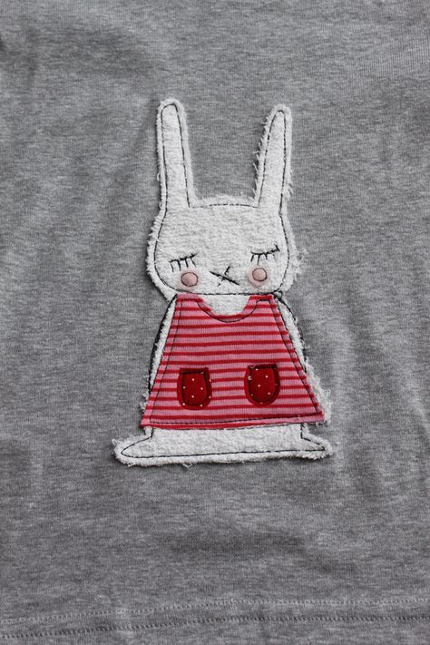 """Langarmshirts - Langarmshirt """"kleiner Hase"""" kurze Lieferzeit! - ein Designerstück von milla-louise bei DaWanda"""