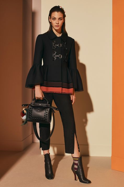 View the full Fendi Pre-Fall 2017 collection. View the full Fendi Pre-Fall 2017 collection.