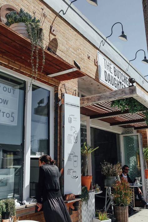 Venice Is One Of Our Favorite Neighborhoods In La There S The Venice Beach Boardwalk Lo Abbot Kinney Venice Venice Beach California Venice Beach Los Angeles