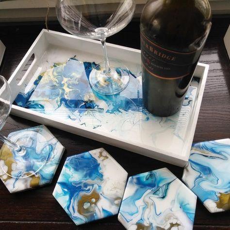 Blue and copper hand painted and resin coated tray with matching coasters Blau und Kupfer handbemalt und kunstharzbeschichtet Tablett mit