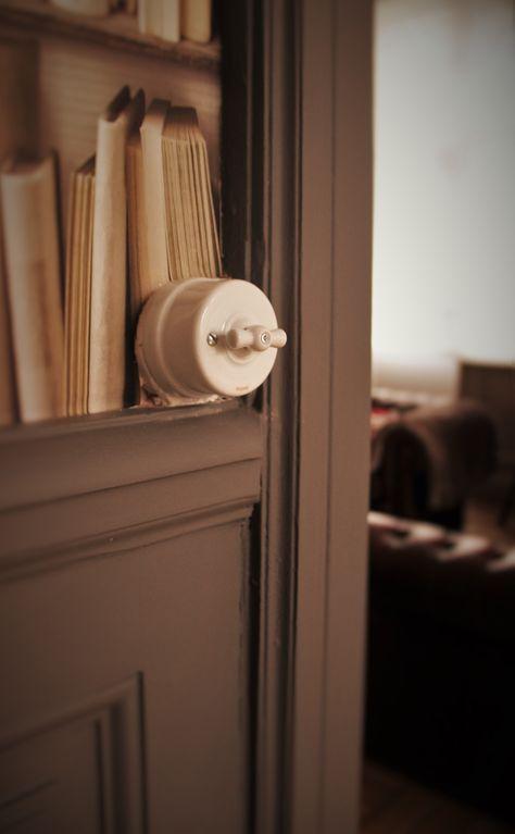 Le Détail Fait La Différence Interrupteur Rétro En Porcelaine