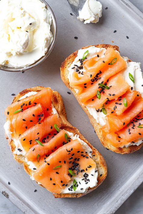 Whipped Cream Cheese Toasts with Smoked Salmon - - This cream cheese toast recipe with salmon - by Cream Cheese Toast, Cheese Toast Recipe, Healthy Cream Cheese, Whipped Cream Cheese, Cream Cheese Salmon, Cream Cheeses, Goat Cheese, Smoked Salmon Recipes, Healthy Salmon Recipes