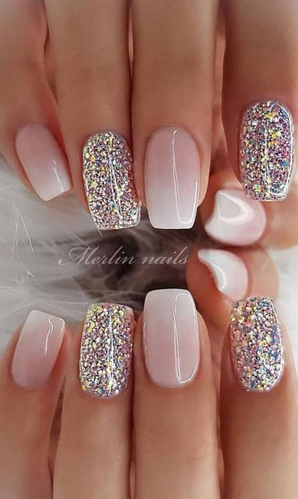 99 Attractive Nail Gestaltung Ideas For Women 99trendfashion 99trendfashion Attractive Fakenails Fa In 2020 Chic Nail Designs Chic Nails Nail Designs Glitter