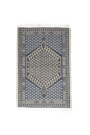 French Connection Poppy Field Rug In 2020 French Connection Rug Large Rugs French Connection