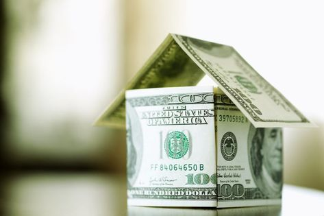A Guide to Mortgage Interest Rates: Why They Go Down, Up, and What to Do