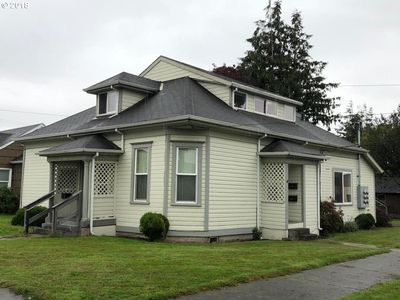 For Sale 289 000 5 Flex In Tillamook Great Opportunity For Investor Open Common Area For Tenants Close To Local Transportat Tillamook Common Area Tenants