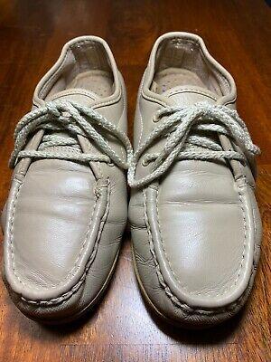 Leather flip flops womens