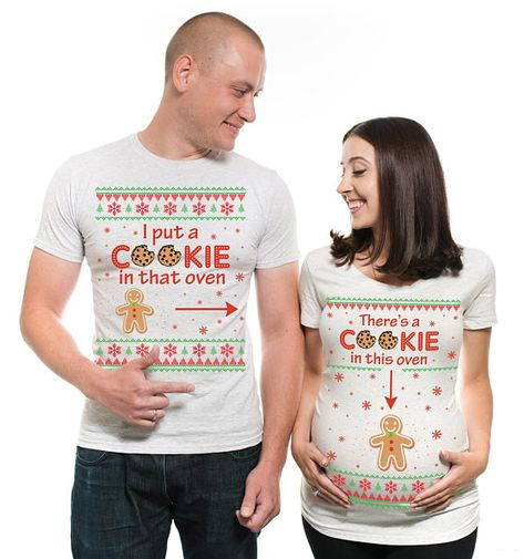 c5dff03dfb5e5 Christmas Maternity T-shirts I put a Cookie in that Oven Couple matching  Cookie Pregnancy T-shirt for Christmas dad Maternity mom maternity