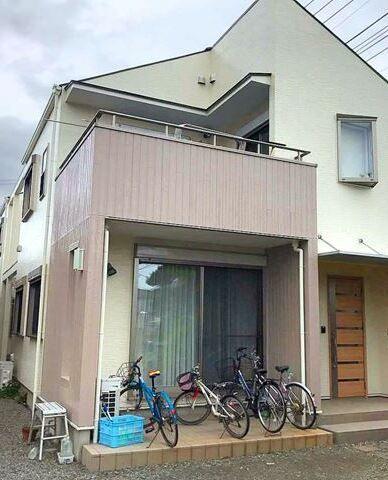 上品な色使いのツートンカラー 屋根 リフォーム 塗装 工事 外壁塗装