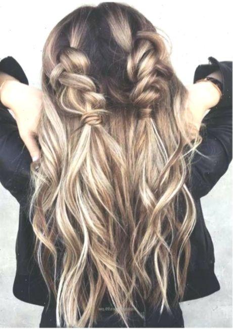 Schone Einfache Frisuren Fur Die Schule Easyhairstylesforschool Die Easyh Lockigefrisuren Die Easy In 2020 Easy Hairstyles Easy Everyday Hairstyles Hair Styles