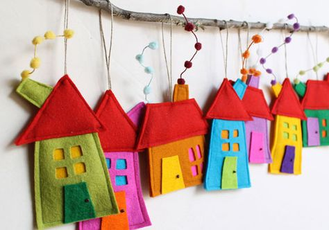 House ornaments Decoration, Set of eight Felt Houses for wall hanging, Christmas ornament gift for everyone, kids wall art, Rainbow colors Christmas house ornament set of eight felt by intres Kids Crafts, Felt Crafts, Fabric Crafts, Sewing Crafts, Craft Projects, Sewing Projects, Craft Ideas, Decor Ideas, Felt Christmas