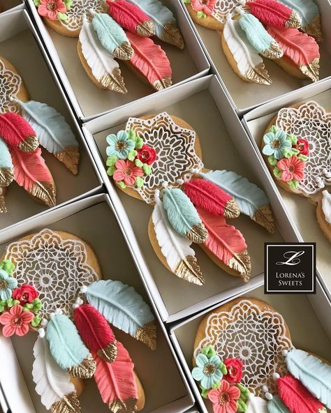 Beautiful boho style dream catcher sugar cookies by Lorena Rodriquez Saenz