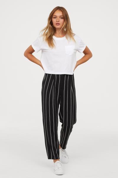 25e476396 Wide-leg Pants in 2019 | Fall/Winter 18' | Wide trousers, Loose ...