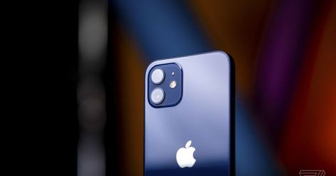Apple plans to let you connect your iPhone to satellites