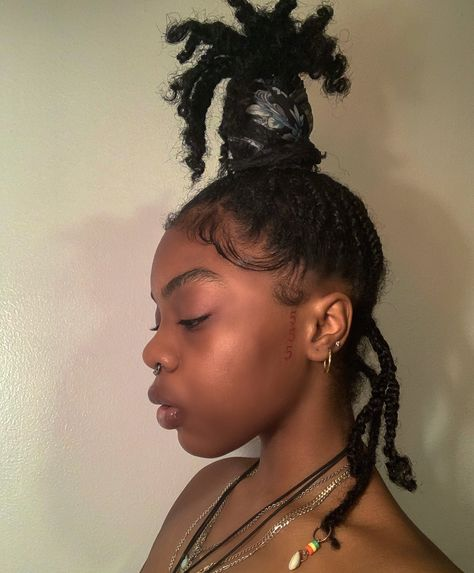 Baddie Hairstyles, Dreadlock Hairstyles, Black Girls Hairstyles, Protective Hairstyles, Braided Hairstyles, Protective Styles, Wedding Hairstyles, Dreadlock Styles, Dreads Styles