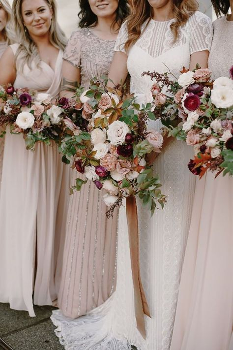 Check out our list of the most beautiful bridesmaid wedding bouquets for your bridesmaids. Incredible flowers will complete your wedding appearance. WeddingPortraits//weddinginspiration//weddingphotographer//brides//weddingday#bridedress#weddingdress#Wedding#weddingideas#weddingrings#weddinghairstyles#weddinginvitations#weddingphoto#weddingphotography#weddingphotoidea