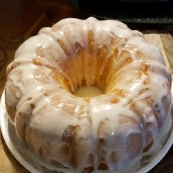 Lemon Buttermilk Pound Cake With Aunt Evelyn S Lemon Glaze Recipe Pound Cake Glaze Recipe Lemon Glaze Recipe Betty Crocker Recipes Cake