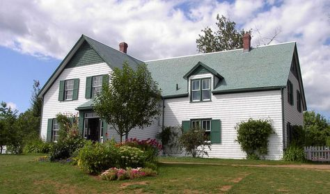 Anne Of Green Gables House With Images Gable House Green