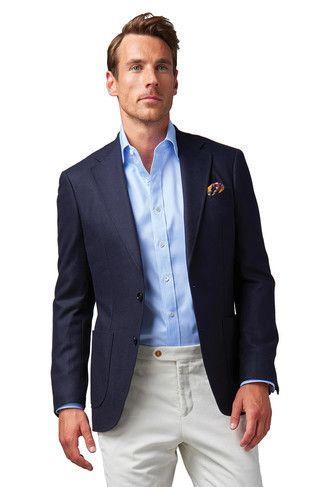 Cómo Combinar Blazer Azul Marino Camisa De Vestir Celeste Pantalón Chino Blanco Pañuel Camisa Azul Claro Ropa Casual De Hombre Chaqueta De Moda Para Hombre