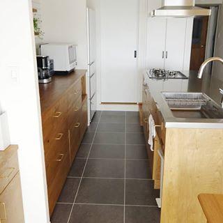 キッチン横から キッチンのweb内覧会はブログにのせています