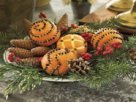 50 Eco Friendly Holiday Decorations Made Of Pine Cones Christmas Deco Christmas Centerpieces Christmas Crafts