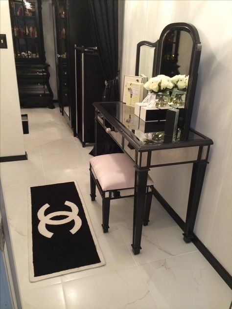 Perfect Chanel Home On Pinterest  Coco Chanel Chanel And Chanel Logo