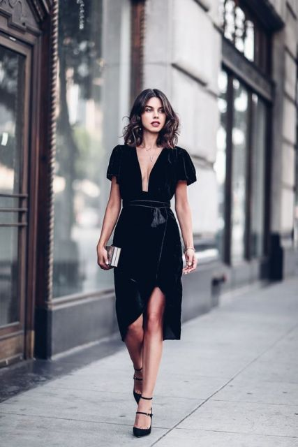 Gorgeous Fall Wedding Guest Outfits Lookbook Black Velvet Dress