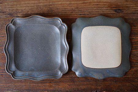 青錆釉 正方西洋皿 生活陶器 Onthetable 益子焼の小さな窯元 よしざわ窯 益子焼 皿 よしざわ窯