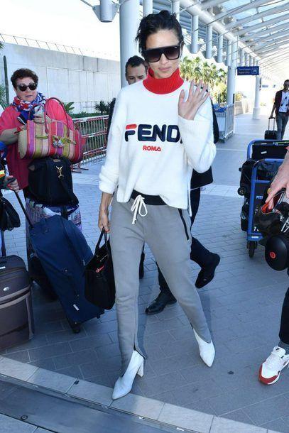 Get the sweater Wheretoget Flex Passar         Adriana lima    Skaffa tröjan Whereetoget   title=         Flex Passar          Adriana lima