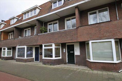 Mooi en goed onderhouden 2-kamer appartement met royale tuin en schuur op een zeer centrale locatie in Utrecht (direct tegenover het Julianapark). Appartement is van alle gemakken voorzien en ligt erg centraal tegenover het Julianapark!