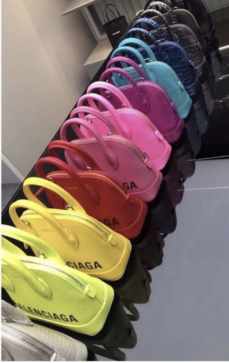 Balenciaga Bag 🌈 Love the yellow and the other on the back Luxury Purses, Luxury Bags, Luxury Handbags, Purses And Handbags, Replica Handbags, Sac Moschino, Sacs Design, Fashion Bags, Womens Fashion
