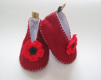 Poppy Shoe Clips, Small Poppies, Baby Shoe Clips, Felt Shoe Clips, Remembrance Day Poppy