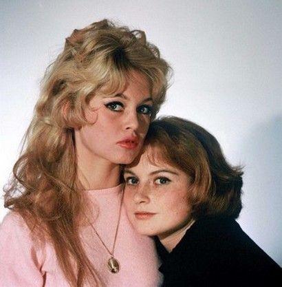 -Brigitte Bardot et sa soeur Mijanou BARDOT